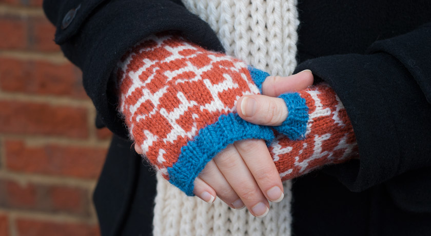 Knitted gauntlets