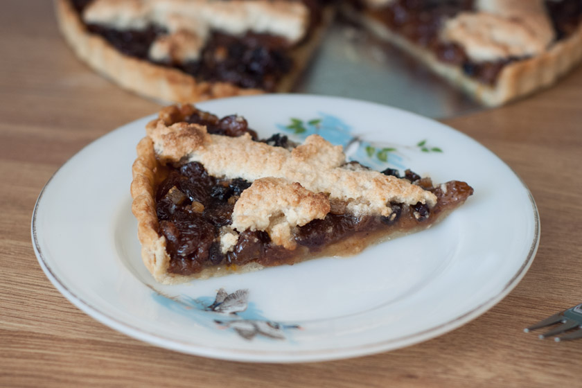 Slice of mincemeat tart