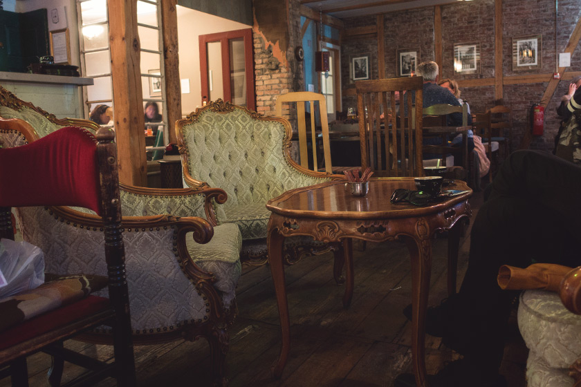 Cosy Icelandic cafe