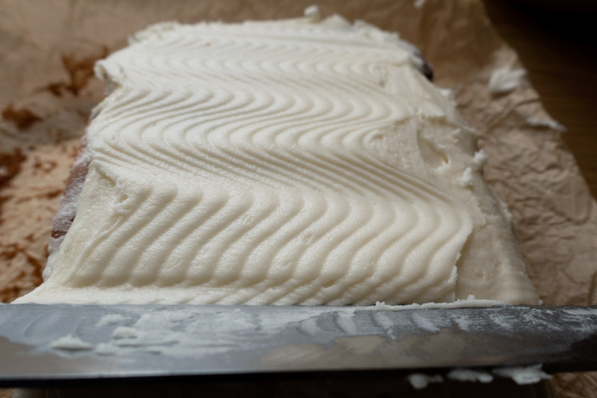 Wavy butter icing