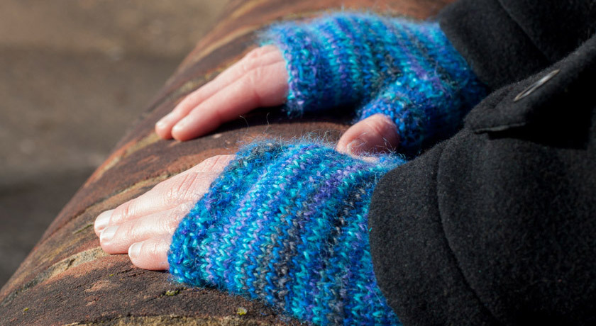 Blue wool fingerless gloves