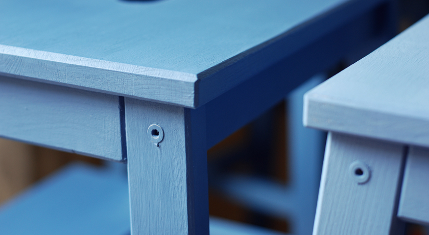 Stools painted with blue Autentico chalk paint