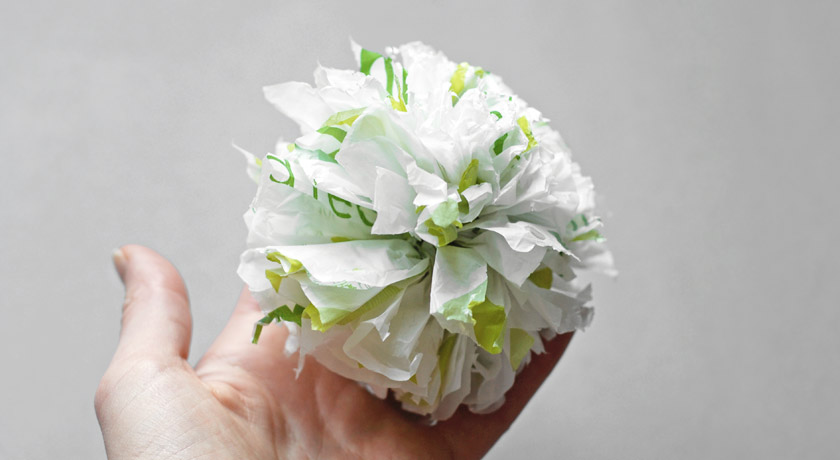 Carrier bag pompom