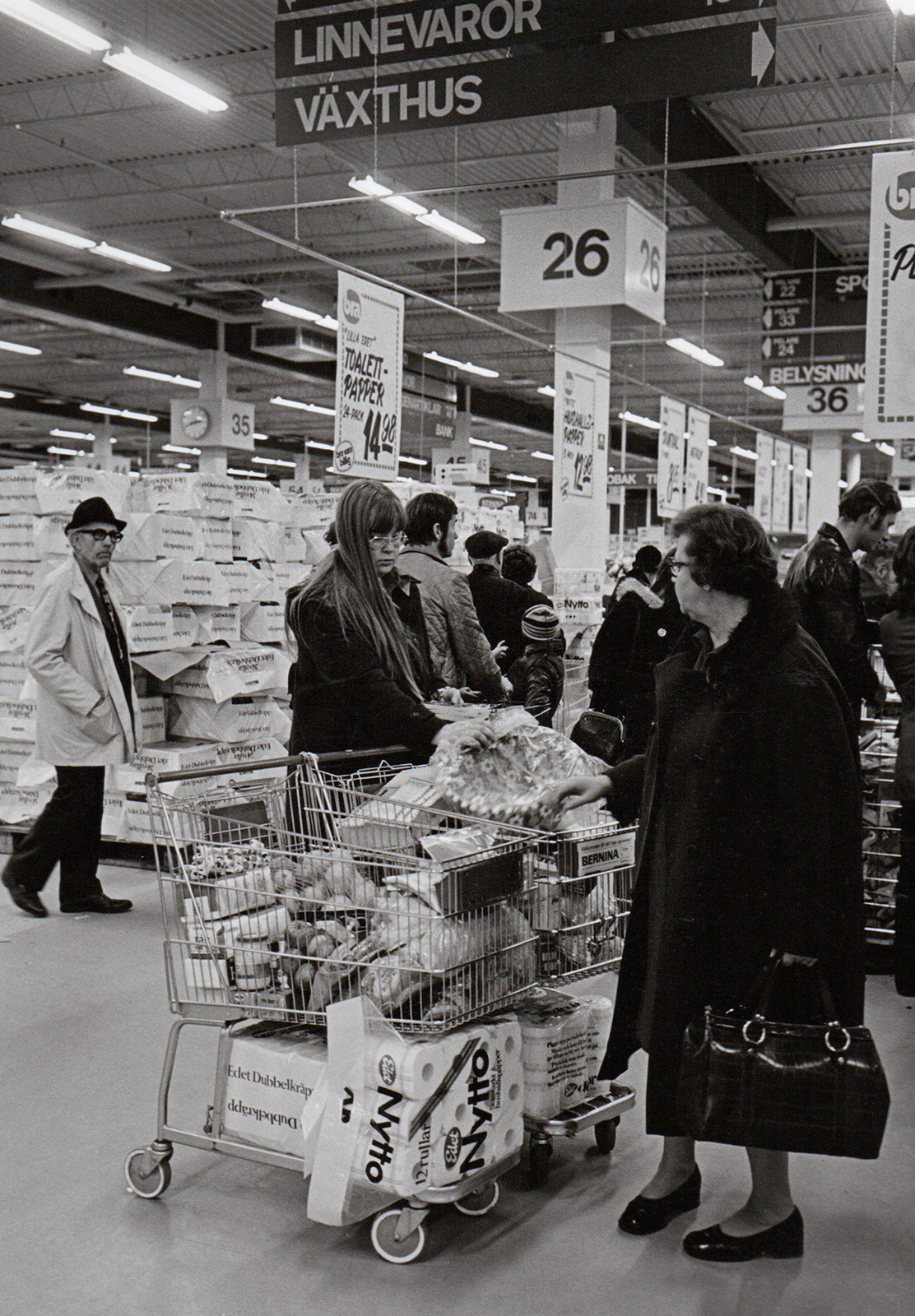 Customers in supermarket