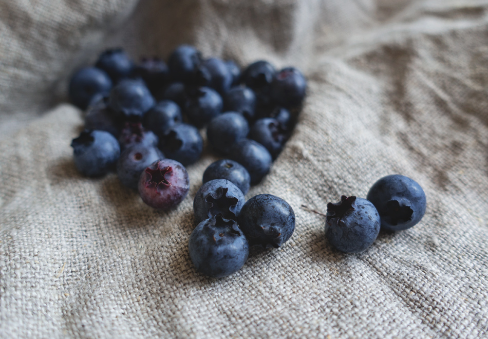 Blueberries on linen cloth