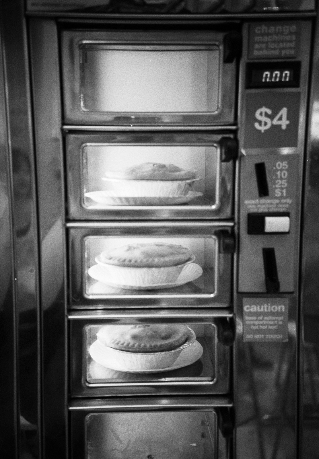 Pies in vending machine