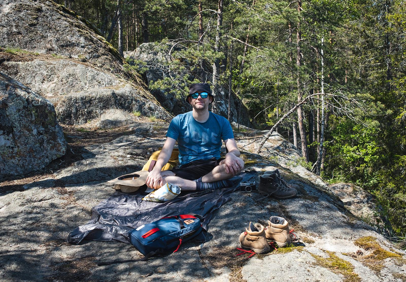 Man having a picnic
