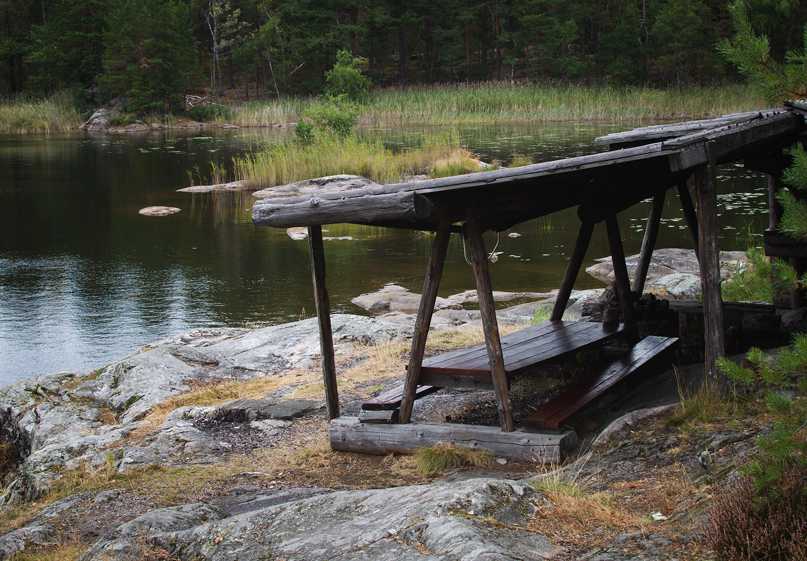 Open sided cabin
