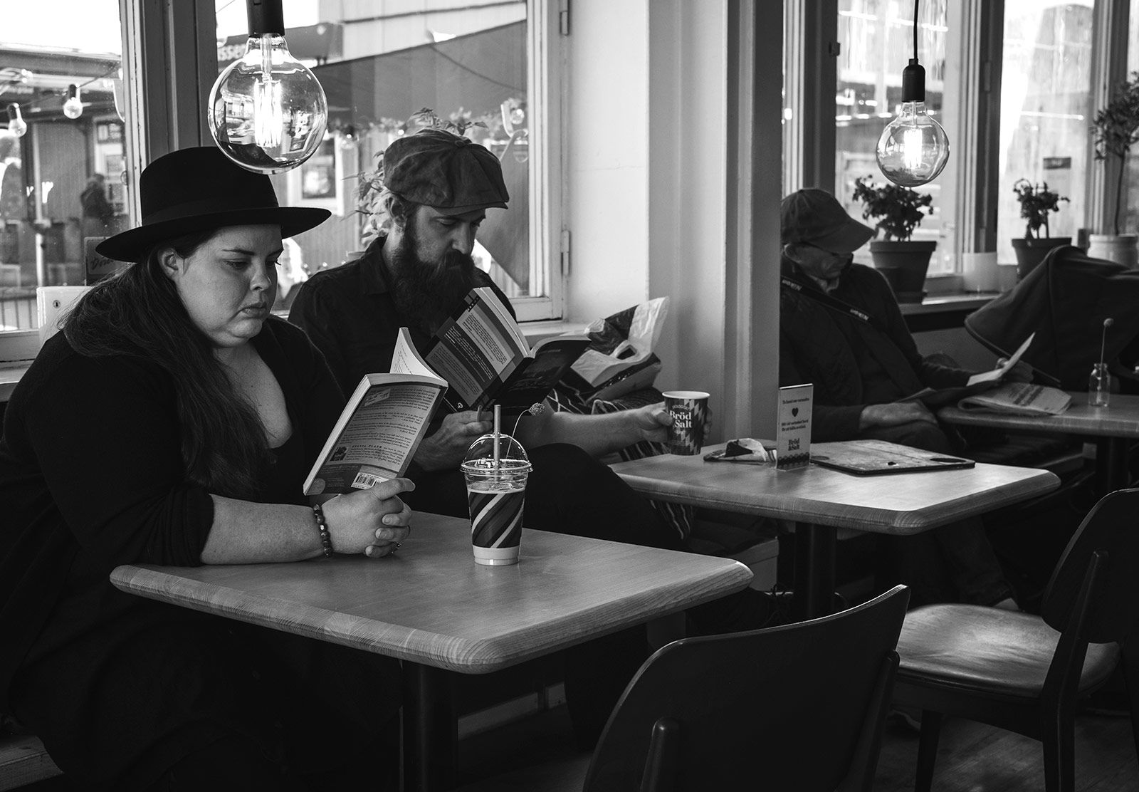 People reading in cafe