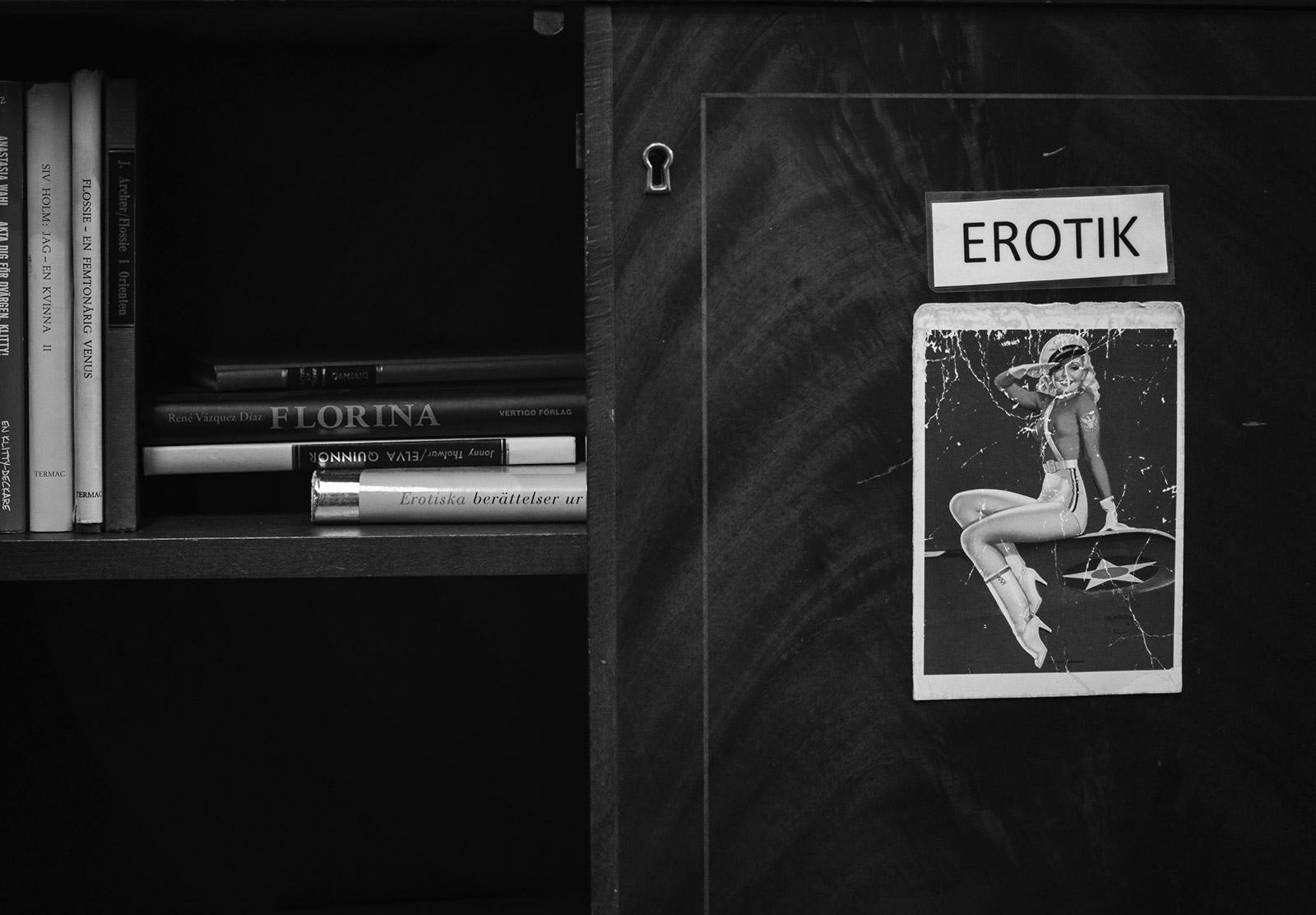 Erotic sign on cupboard