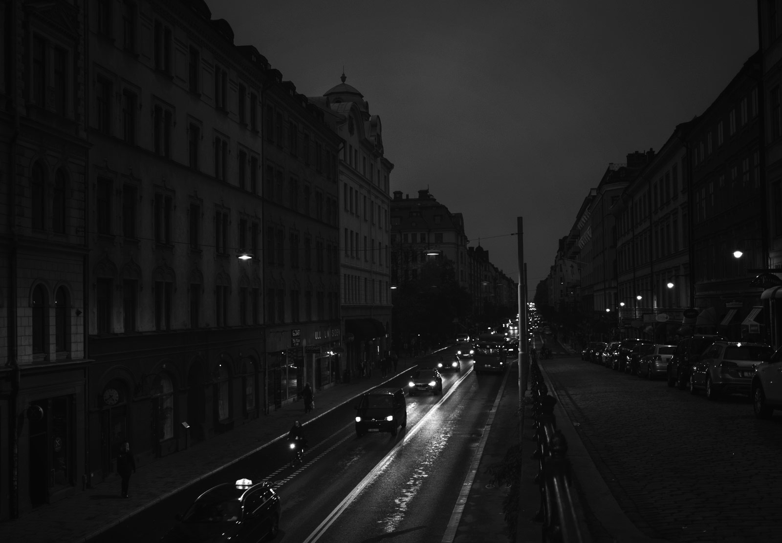 Dark streets with no lights