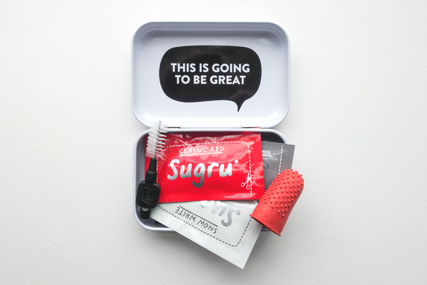 Packets of Sugru in tin