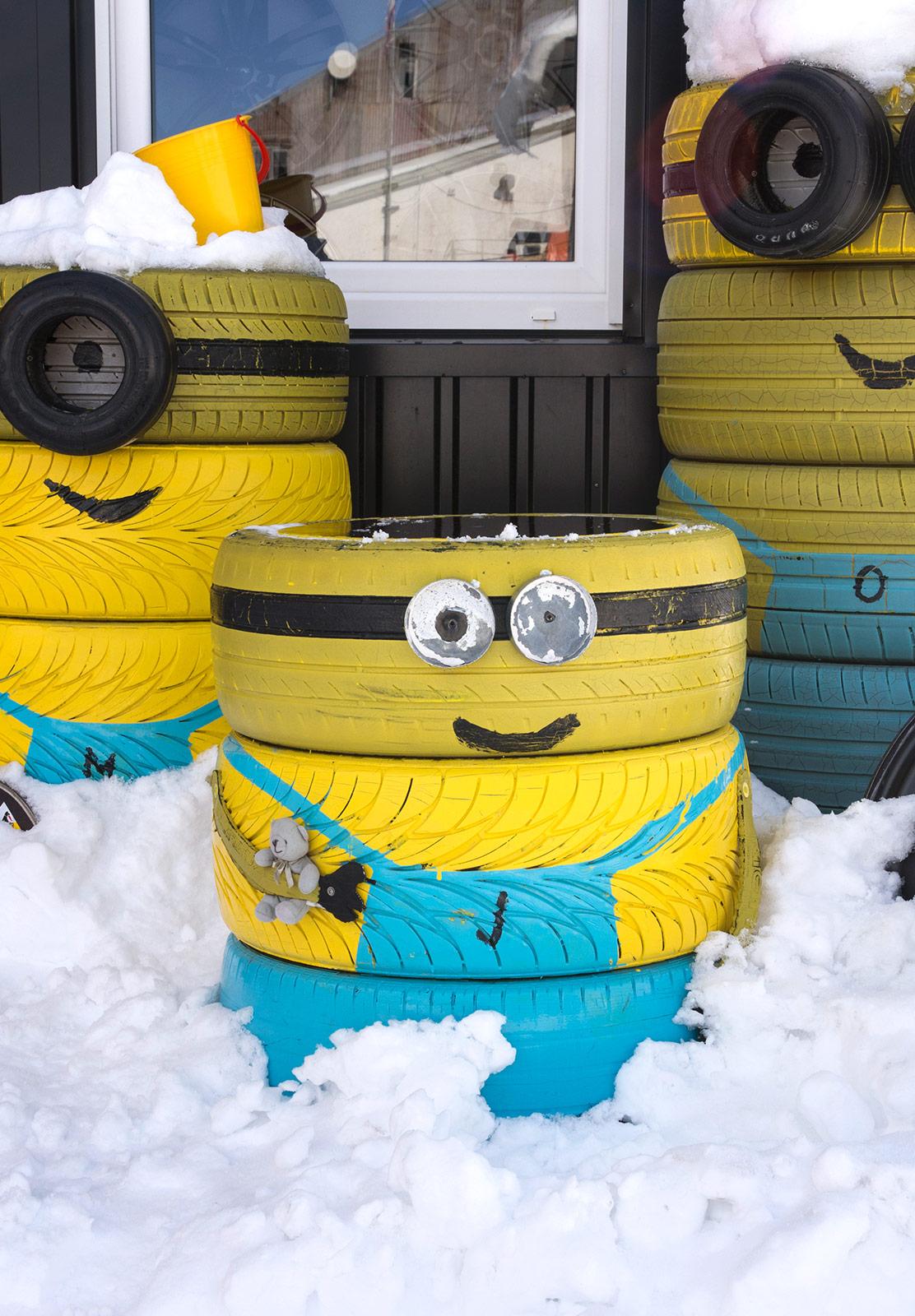 Minion tyres